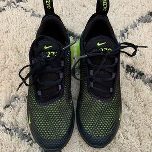 Boys Nike Air Max 270's size 3